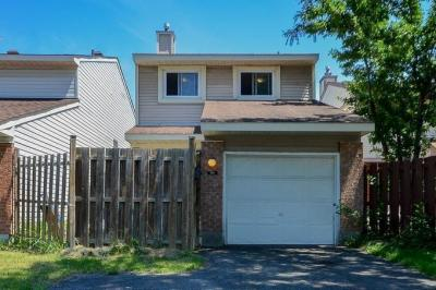 Photo of 702 Malibu Terrace, Ottawa, Ontario K2C3T8