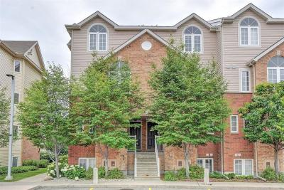Photo of 102 Steele Park Private, Ottawa, Ontario K1J0J2