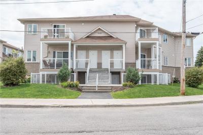 Photo of 1230 Marenger Street Unit#1, Orleans, Ontario K1C1S2
