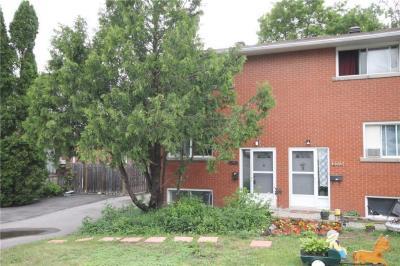 Photo of 2715 Marie Street, Ottawa, Ontario K2B7E3