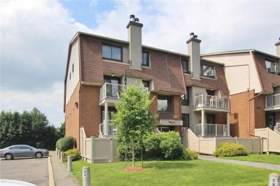 Photo of 4 Sweetbriar Circle Unit#1, Ottawa, Ontario K2J2K4