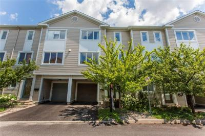 Photo of 533 Burleigh Private, Ottawa, Ontario K1J1J9