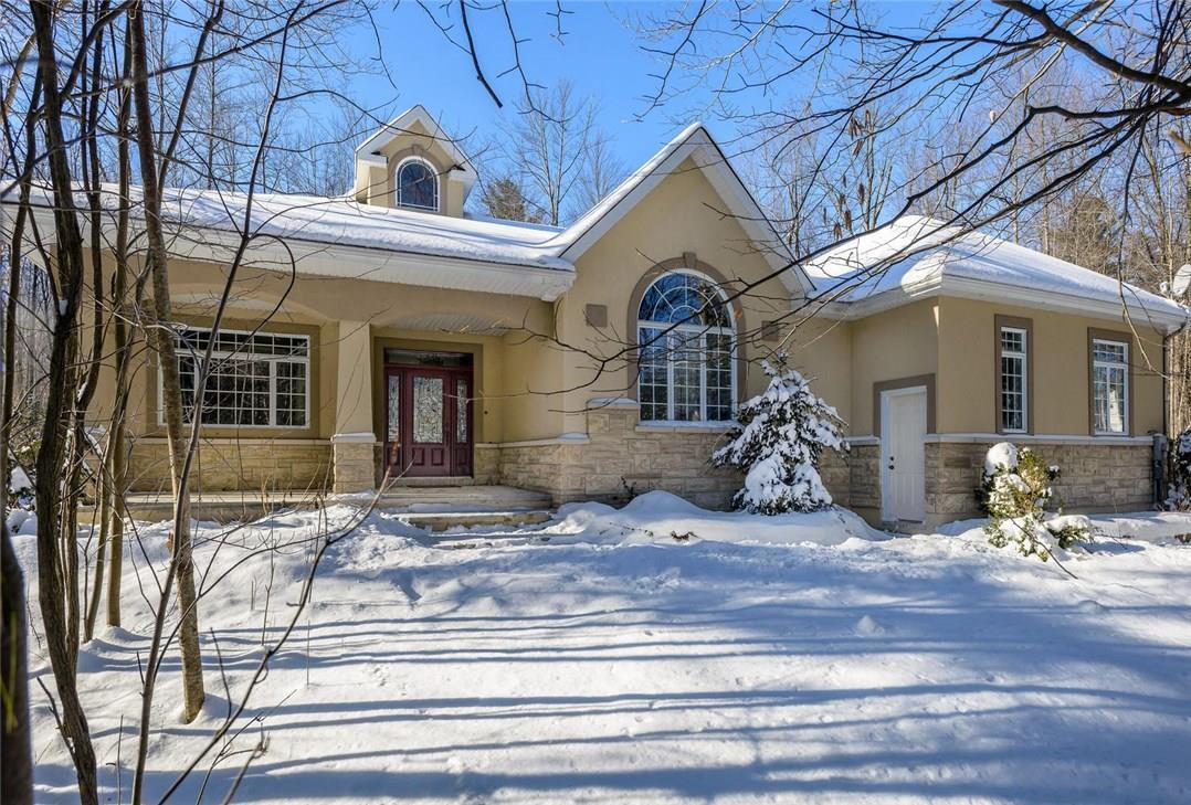 3368 Mustang Street, Navan, Ontario K4B1M5