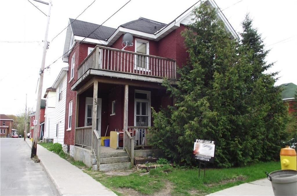 37 Kent Street, Smiths Falls, Ontario K7A1B5
