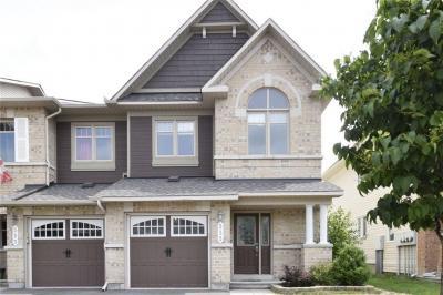 Photo of 535 Langelier Avenue, Ottawa, Ontario K1W0E7