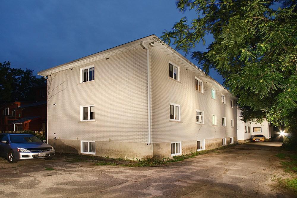 29 Gore Street W, Perth, Ontario K7H2L9