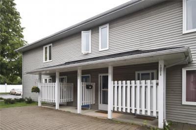 Photo of 1031 Cummings Avenue Unit#f, Ottawa, Ontario K1J9K7