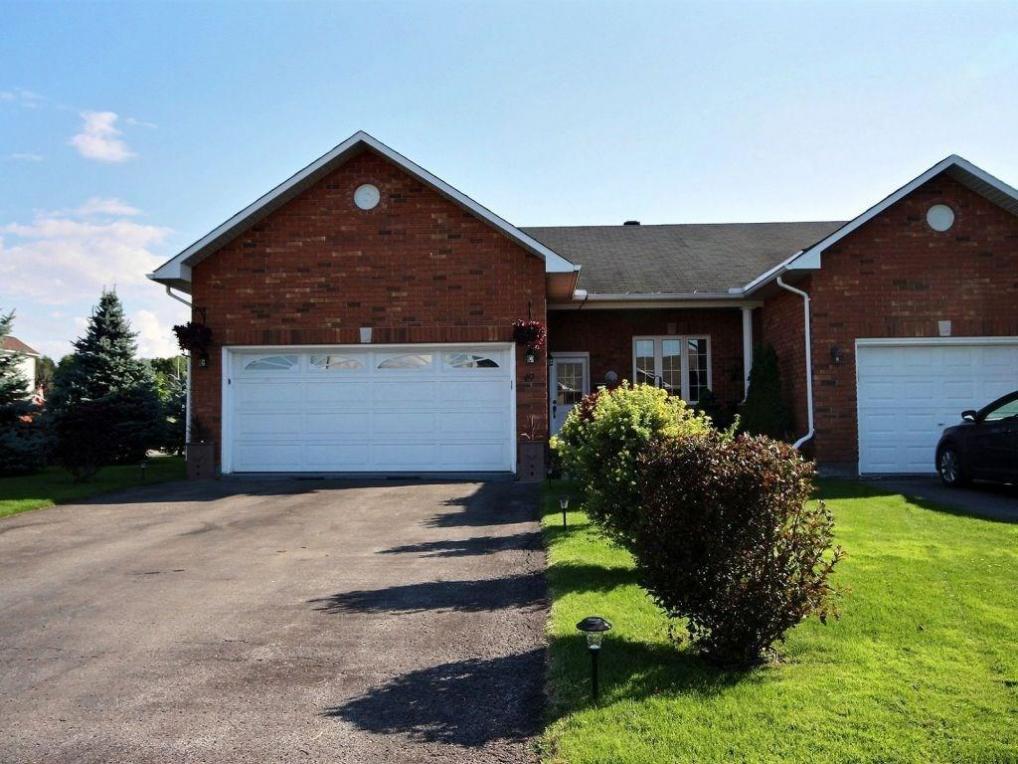 49 Melville Road, Arnprior, Ontario K7S3Z8