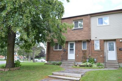Photo of 42a Forester Crescent, Ottawa, Ontario K2H8Y4