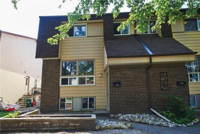 Photo of 15 Sonnet Crescent Unit#a, Ottawa, Ontario K2H8W8