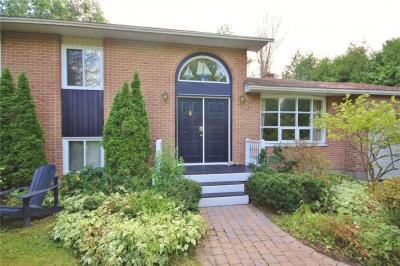 Photo of 5336 Mclean Crescent, Manotick, Ontario K4M1E5
