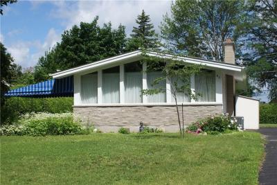 Photo of 67 Stinson Avenue, Ottawa, Ontario K2H6N5