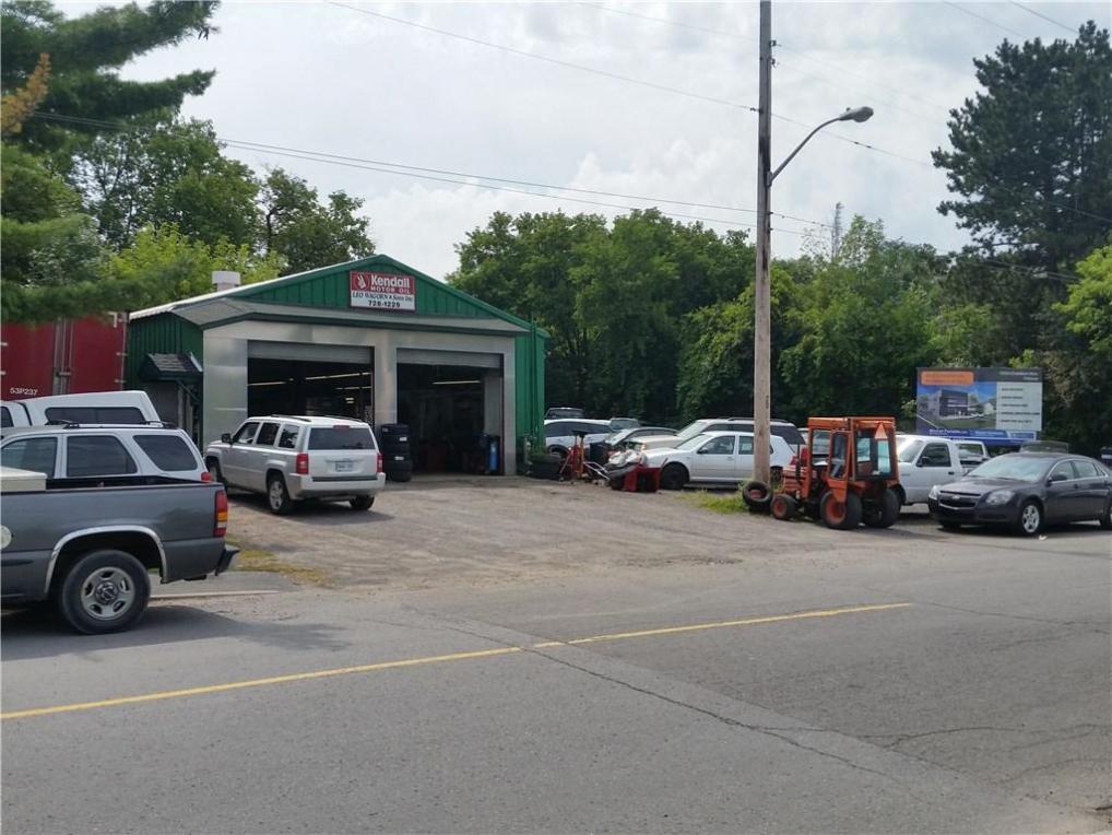 1532 Raven Avenue, Ottawa, Ontario K1Z8B6