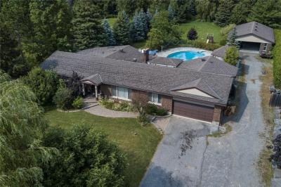 Photo of 69 Steeple Hill Crescent, Nepean, Ontario K2R1G2