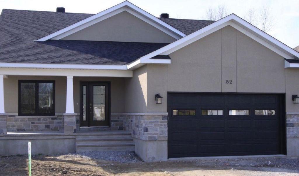 52 Jim Brownell Boulevard, Long Sault, Ontario K0C1P0