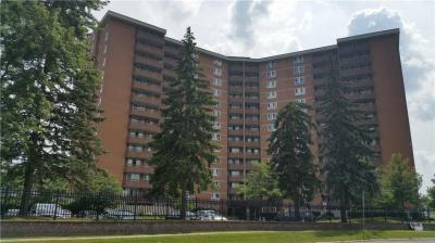 Photo of 2000 Jasmine Crescent Unit#309, Ottawa, Ontario K1J8K4