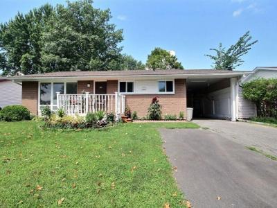 Photo of 591 Eastvale Drive, Gloucester, Ontario K1J6Z4