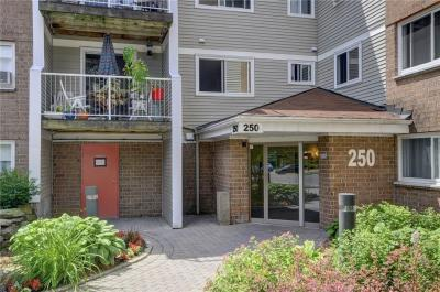 Photo of 250 Brittany Drive Unit#200, Ottawa, Ontario K1K4M1