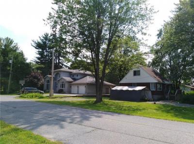 Photo of 162 Macfarlane Road, Ottawa, Ontario K2E6V9