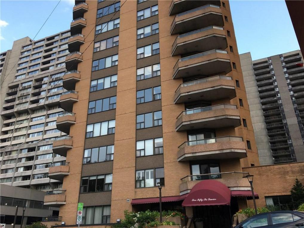556 Laurier Avenue W Unit#901, Ottawa, Ontario K1R7X2