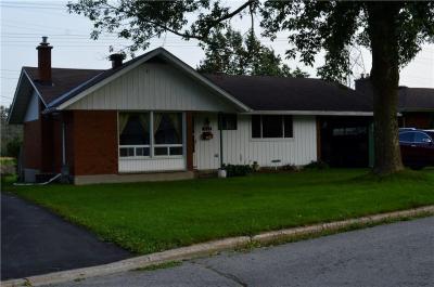 Photo of 3125 Southmore Drive E, Ottawa, Ontario K1V6Z6