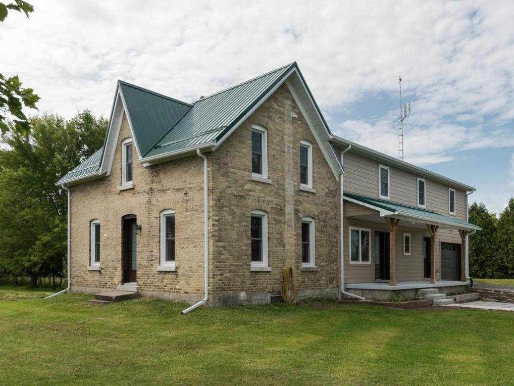 9524 Branch Road, North Augusta, Ontario K0G1R0