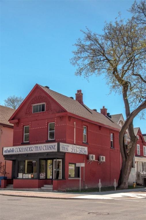 282 Kent Street, Ottawa, Ontario K2P2A4