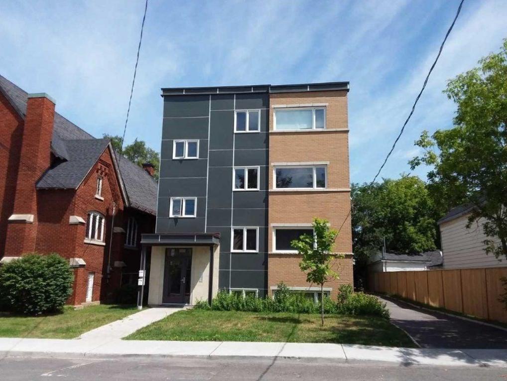 335 Olmstead Street, Ottawa, Ontario K1L7K2