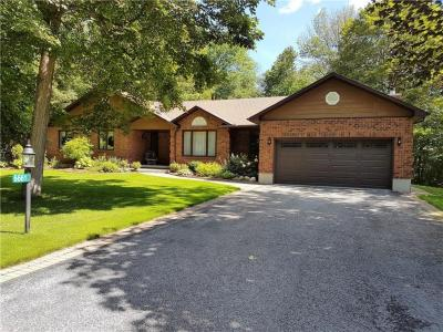 Photo of 6661 Old Forest Drive, Ottawa, Ontario K0A2T0
