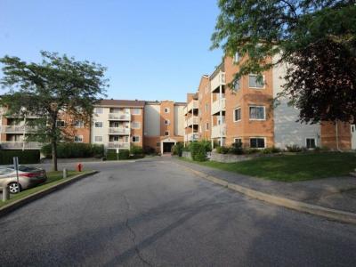Photo of 325 Centrum Boulevard Unit#103, Ottawa, Ontario K1E3W8