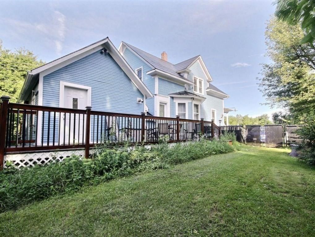 21471 Maccuaig Drive, Bainsville, Ontario K0C1E0