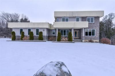 Photo of 109 Country Carriage Way, Ottawa, Ontario K0A1L0
