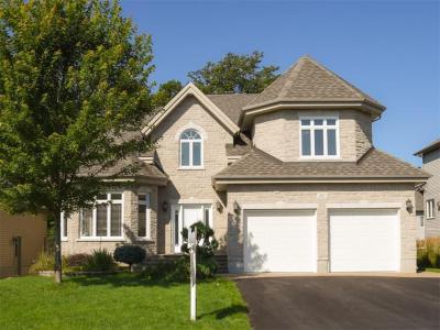 Photo of 367 Quartz Avenue, Rockland, Ontario K4K0C7