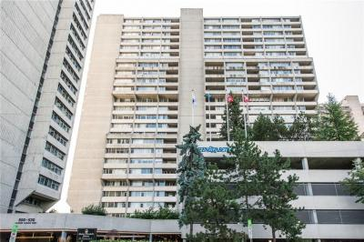 Photo of 530 Laurier Avenue W Unit#2203, Ottawa, Ontario K1R7T1