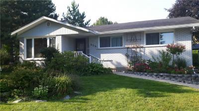 Photo of 606 Southmore Drive W, Ottawa, Ontario K1V7A6