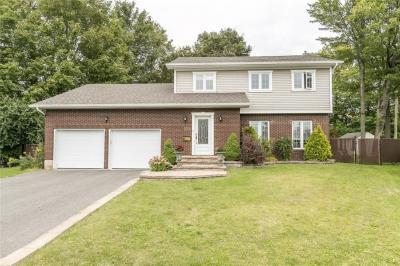 Photo of 953 Jerome Street, Hawkesbury, Ontario K6A3B1