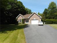 2721 Maplewood Drive, Hawkesbury, Ontario K6A2R2
