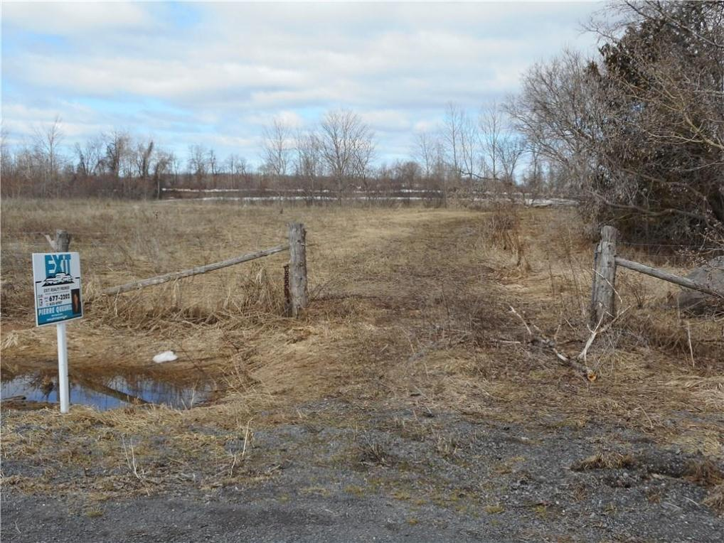 ... County Road 12 Road, Vankleek Hill, Ontario K0B1R0