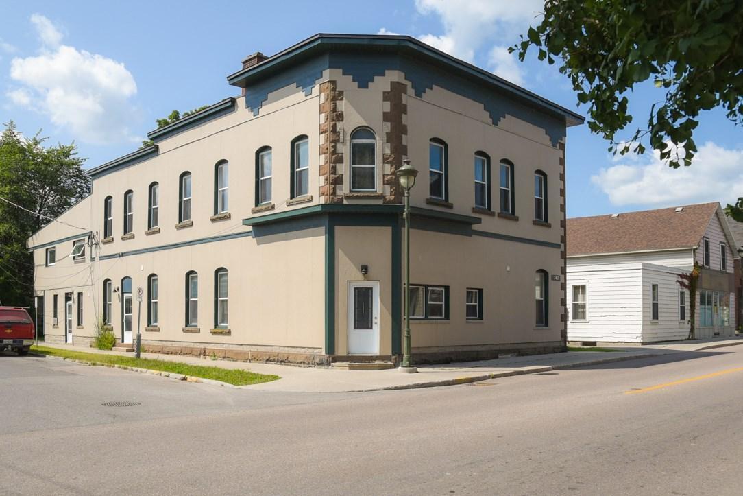 242 Bridge Street, Carleton Place, Ontario K7C3H4