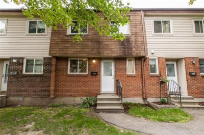 Photo of 46 Forester Crescent Unit#b, Ottawa, Ontario K2H8Y4