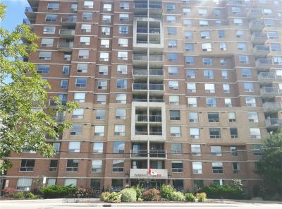 Photo of 215 Parkdale Avenue Unit#405, Ottawa, Ontario K1Y4T8