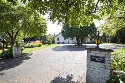 Photo of 36 Davidson Drive, Ottawa, Ontario K1J8V5