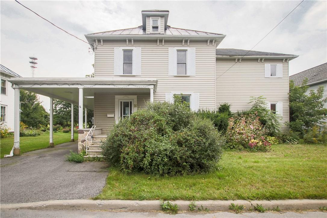 SOLD IN LESS THAN 7 DAYS! 16 Peter Street Maxville, Ontario K0C1T0