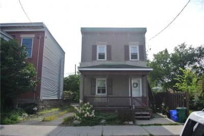Photo of 40 Stirling Avenue, Ottawa, Ontario K1Y1P8
