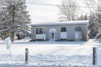 1675 Bay Rd Road, L'orignal, Ontario K0B1K0