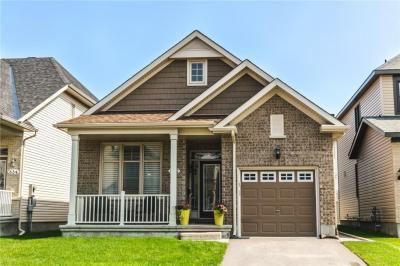Photo of 832 Contour Street, Orleans, Ontario K1W0G6