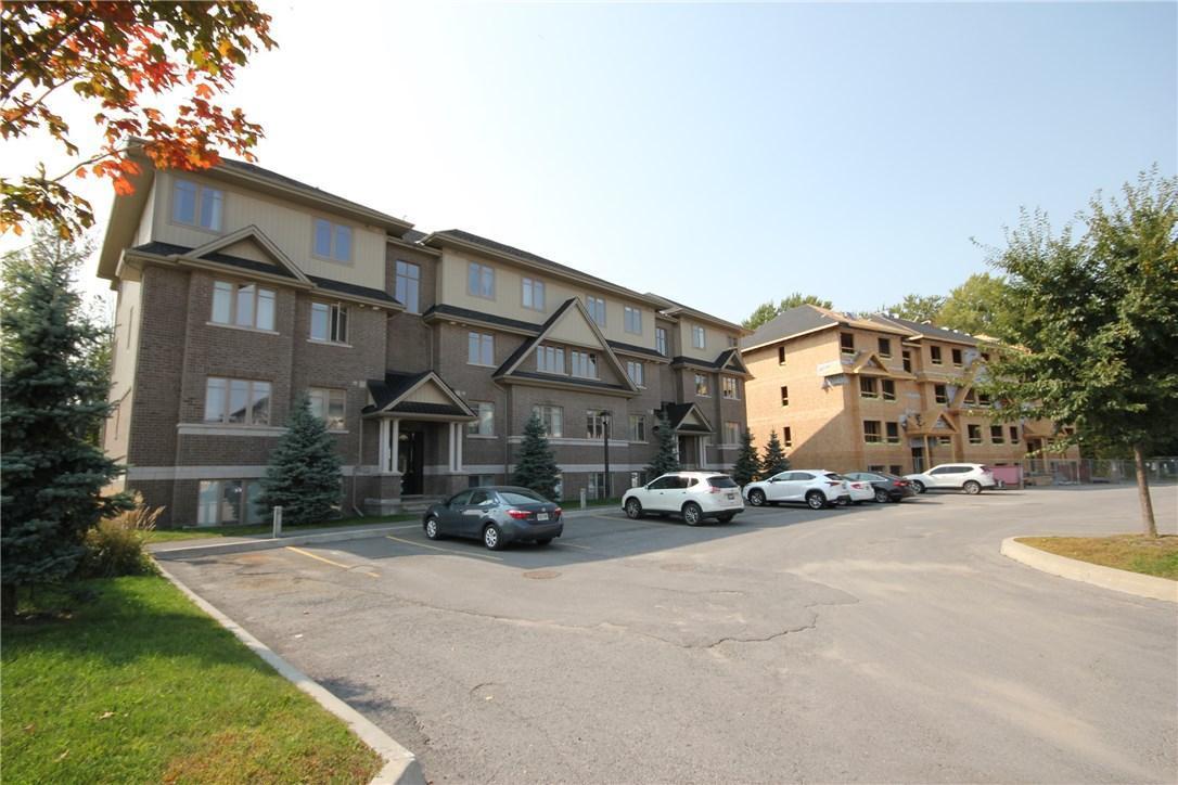 1042 Beryl Private Unit#f, Ottawa, Ontario K1V2M4