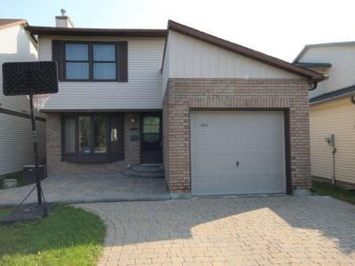 Photo of 1459 Bradshaw Crescent, Gloucester, Ontario K1B5G1