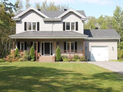 Photo of 2053 Clark Road, Rockland, Ontario K4K1K7