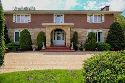 Photo of 2534 Page Road, Orleans, Ontario K1W1E2